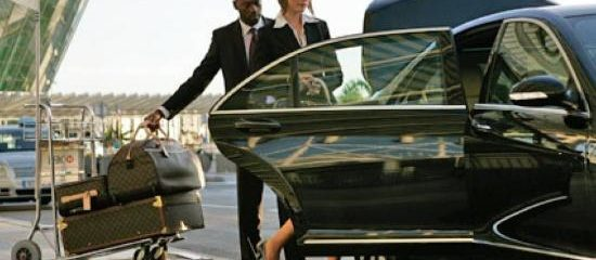 Why Hire A Corporate London Chauffeur Service In Place Of A Regular Cab